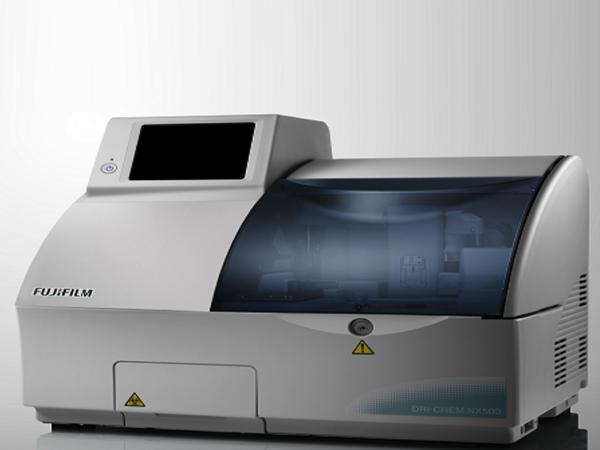 血液生化学検査機器1